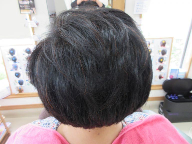 天然ヘナ100%で髪が自然に染まります